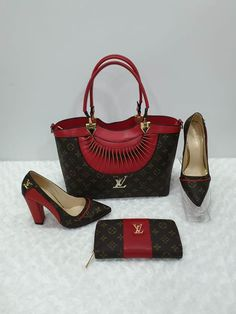 Prada Pattina Beige Saffiano Leather Crossbody Bag – The Fashion Mart Prada Purses, Prada Handbags, Handbags Online, Women's Crossbody Purse, Leather Crossbody, Pamela, Accesorios Casual, Cheap Purses, Purse Brands