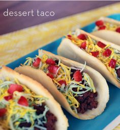 Make dessert tacos with cookie shells and fill them with brownies, strawberries and coconut! - Everyday Dishes & DIY