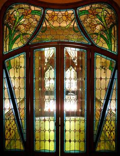 Stained glass doorway from El Fort Pius, Barcelona.  Photo by Arnim Schulz.