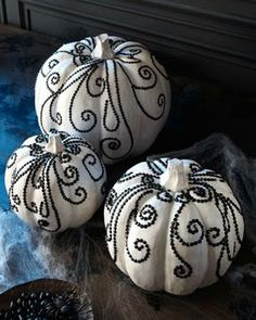 Pumpkin Decorating Ideas: Black and White Rhinestone Studded Pumpkins
