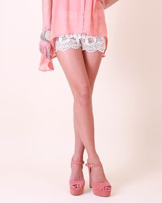 crochet shorts.... I like but can't decide if I could pull this off or not:)