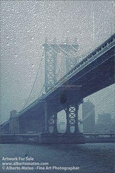 Manhattan Bridge Pillar, New York.