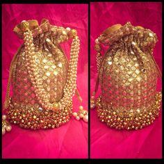 #potli #batua #potlis #indianwedding visit www.facebook.com/locachicaindia Ladies Sangeet, Potli Bags, Elegant Saree, Summer Accessories, Evening Bags, Evening Gowns, Wedding Gifts, Wedding Outfits, Fancy