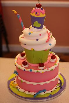 My finished demo cake by Andrea's SweetCakes, via Flickr