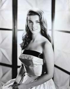 Actress, singer, and dancer, Ann-Margret was the epitome of the hottie and was often seen as a kind of red-haired American version of Brigit. Classic Actresses, Female Actresses, Beautiful Actresses, Actors & Actresses, Vintage Hollywood, Hollywood Glamour, Hollywood Stars, Classic Hollywood, Hollywood Icons