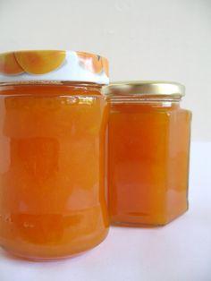 Home-Made Apricot Jam