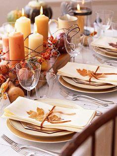 Foglie,zucche e bacche per la tavola autunnale