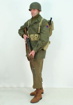 M43 2nd Armoured uniform package.