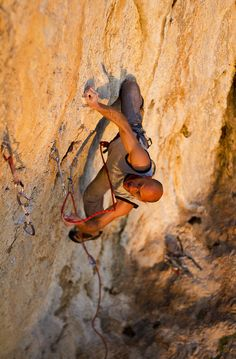D.Papageorgiou on Extra Blood, 7c+, Strofes, Athens