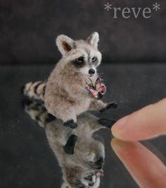 OOAK Realistic Miniature ~ Raccoon ~ Handmade Dollhouse 1:12 Sculpture