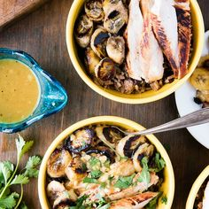 Cuban Garlic Chicken Bowls with Beans & Rice, Fried Plantains & Mojo…
