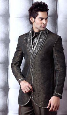 Kieran's Selkie ceremony attire, but gold instead of silver, dark green instead of black, jacket.