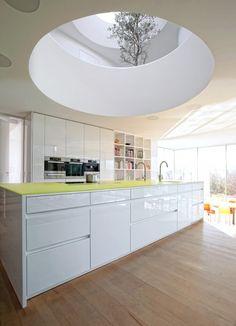 Grifflose Designküche b1 mit Insel in Weiß (bulthaup Küchen ...   {Leicht küchen weiß matt 27}