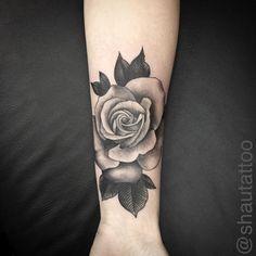 Cobertura feita hoje na querida Natali , muito obrigado pela paciência e confiança   @shautattoo  @shautattoo  @shautattoo   #rose #rosa #rosetattoo #rosatattoo #tatuagemtattoo #bngtattoo #bng #blackandgreytattoo #bnginksociety #tatuagemsombreada #art #arte #inspiracaotattoo #inspirationtatto #inspiredtattoos #tatuagemsalvador #rangeltattoostudio #coverup #cobertura