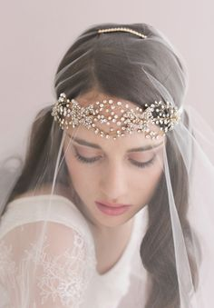 twigs-honey-elizabeth-messina-hello-may-magazine-wedding-bridal-accessories2