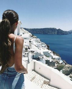 Santorini | traveling | travel | vacation location | places worth visiting | travel the world | wonderlust | must visit place | travel hacks | travel tips | ways to travel | BURGA travels
