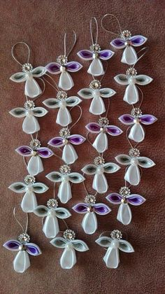 Best 12 Cloth flower making is fun and easy.Image gallery – Page 387450374189606880 – ArtofitMerry Christmas W Decorations Christmas, Christmas Bazaar Crafts, Beach Christmas Ornaments, Angel Ornaments, Handmade Ornaments, Christmas Angels, Christmas Projects, Christmas Crafts, Diwali Decorations