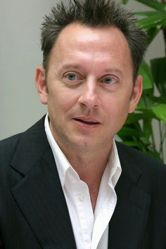 Michael Emerson with awesome hedgehog hair.