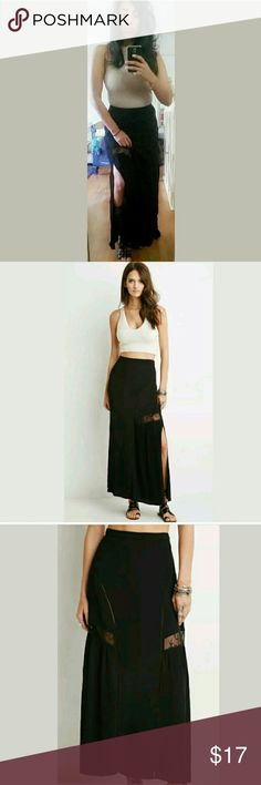 ▪SALE▪Forever 21 boho Black lace maxi skirt M Omgoodness! THIS SKIRT...it's so boho chic. Cute lace detailing, with side slit. Perforated arches that make this skirt a must have for any boho babe. Size Medium. Forever 21 Skirts Maxi