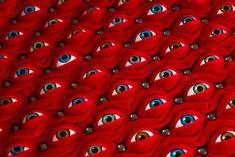 cientos de ojos que la silla escopofilia por Fiona Roberts