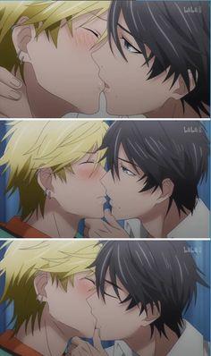Hitorijime My Hero // Anime Scenes Anime Boys, Manga Anime, Anime Art, Cute Gay Couples, Cute Anime Couples, Hero Wallpaper, Online Manga, Ecchi, Animes Wallpapers