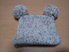 Japanese knitting pattern for a baby hat. No shaping + all garter stitch. Winner!