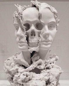 Taiji Taomote / Skulls Between Mirrors Carpeaux, Totenkopf Tattoos, Arte Obscura, Desenho Tattoo, A Level Art, Arte Horror, Memento Mori, Art Plastique, Skull Art