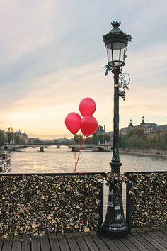 Red Balloons in Paris Sunset on the Pont des Arts Paris Photography Paris Lock Bridge Valentine's Day in Paris French Home Decor Red Oh Paris, I Love Paris, Love Locks Paris, Pray For Paris, Paris Decor, Beautiful Paris, Red Balloon, Paris Photography, Oui Oui