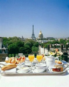 Brunch with a view !