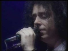 """Toto Live """" I Won't Hold You Back""""."""