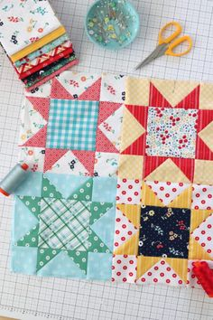 Sawtooth Star Quilt Block Tutorial - a versatile and traditional 8 point star made using the fast flying geese short-cut method. Star Quilt Patterns, Star Quilts, Pattern Blocks, Quilting Tutorials, Quilting Projects, Quilting Designs, Patchwork Designs, Patchwork Tutorial, Patchwork Patterns