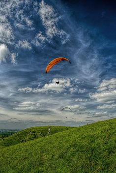 Hang Gliding, Dunstable downs, in Bedfordshire