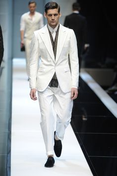 Dolce & Gabbana - Milan Mens Fashion Week S/S 2010