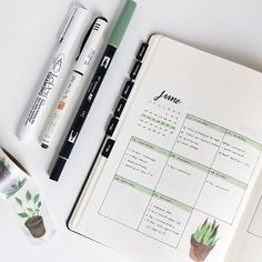 aesthetic notes Using this smaller weekly again this week. It's nice to work within a space that doesn't feel overwhelming for what's on my plate right now Bullet Journal Inspo, Bullet Journal Agenda, Bullet Journal Minimalist, Bullet Journal Aesthetic, Bullet Journal School, Bullet Journal Spread, Bullet Journal Layout, Weekly Log, Bullet Journel