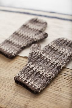 Ravelry: Gloaming Mittens pattern by Leila Raabe. Such lovely, muted colors.