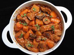 boeuf, oignon, carotte, concentré de tomates, laurier, thym, cidre, poivre, Sel, huile d'olive