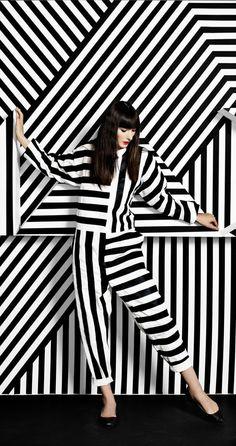 Photography black and white fashion monochrome ideas Foto Fashion, Fashion Art, Editorial Fashion, Trendy Fashion, Fashion Design, Fashion Brands, Fashion Black, Fashion 2018, Fashion Outfits