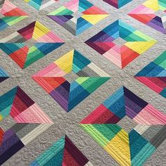 Stunning quilt by @abbythingsforboys quilted by @freebirdquiltingdesigns using #Aurifil #thread ❤️