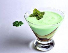 Leprechaun Kiss   St. Patrick's Day cocktail recipes