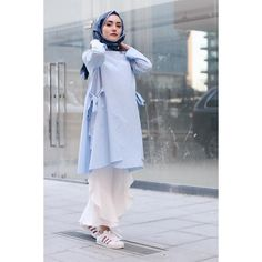 256.5b Takipçi, 267 Takip Edilen, 560 Gönderi - @rimelaskina'in Instagram fotoğraflarını ve videolarını gör Muslim Fashion, Modest Fashion, Hijab Fashion, Girl Fashion, Fashion Outfits, Dress Design Sketches, Fashion Design Sketches, Dress Designs, Hijab Style