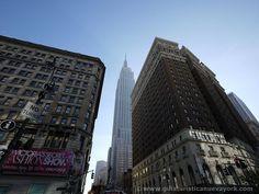 Espectacular vista del Empire State desde Herald Square @empirestatebldg #nuevayork