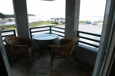 Ocean Views, Steps to Beach, New Pismo Condo. San Luis Obispo County vacation rentals. 2 bedroom, 2 bath condo newly built condo. Just steps to the beach. Extensive ocean views. Living room has extended basic cable TV/VCR/DVD, fireplace, and 2 fold-up beds for additional sleeping. Kitch