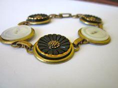Vintage sunflower BUTTON bracelet