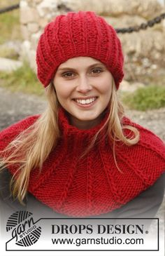 "Knitted DROPS hat and neck warmer in ""Eskimo"" with false English rib with double sts.  Free pattern by DROPS Design."