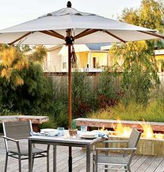 Coastal Dining Deck < 65 Easy Outdoor Dining Ideas for Every Space - MyHomeIdeas.com... Luv anything with fire pits.. Umm roasting marshmallows yum