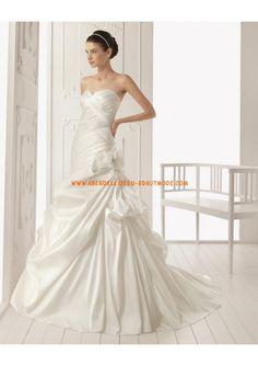 Luxuriöse Brautmode Meerjungfrau aus Taft mit Schleppe mit Ruffle