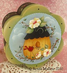Renee Mullins Free pattern.  I've painted this pattern myself and it does come out beautifully!