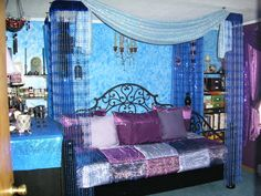 Moroccan Style Bedroom Decorated In Orchid Purple And Indigo Blue Description From Pinterest