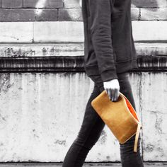 EMPÉ BAGS - The Ultimate Perfect Pouch only available on www.empebags.com  #clutch #madeinitaly #monogram