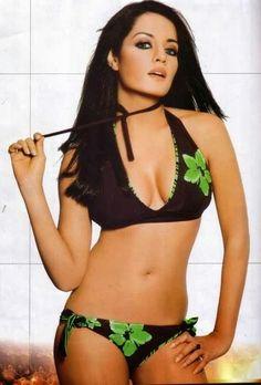 Celina jaitley bikini pics